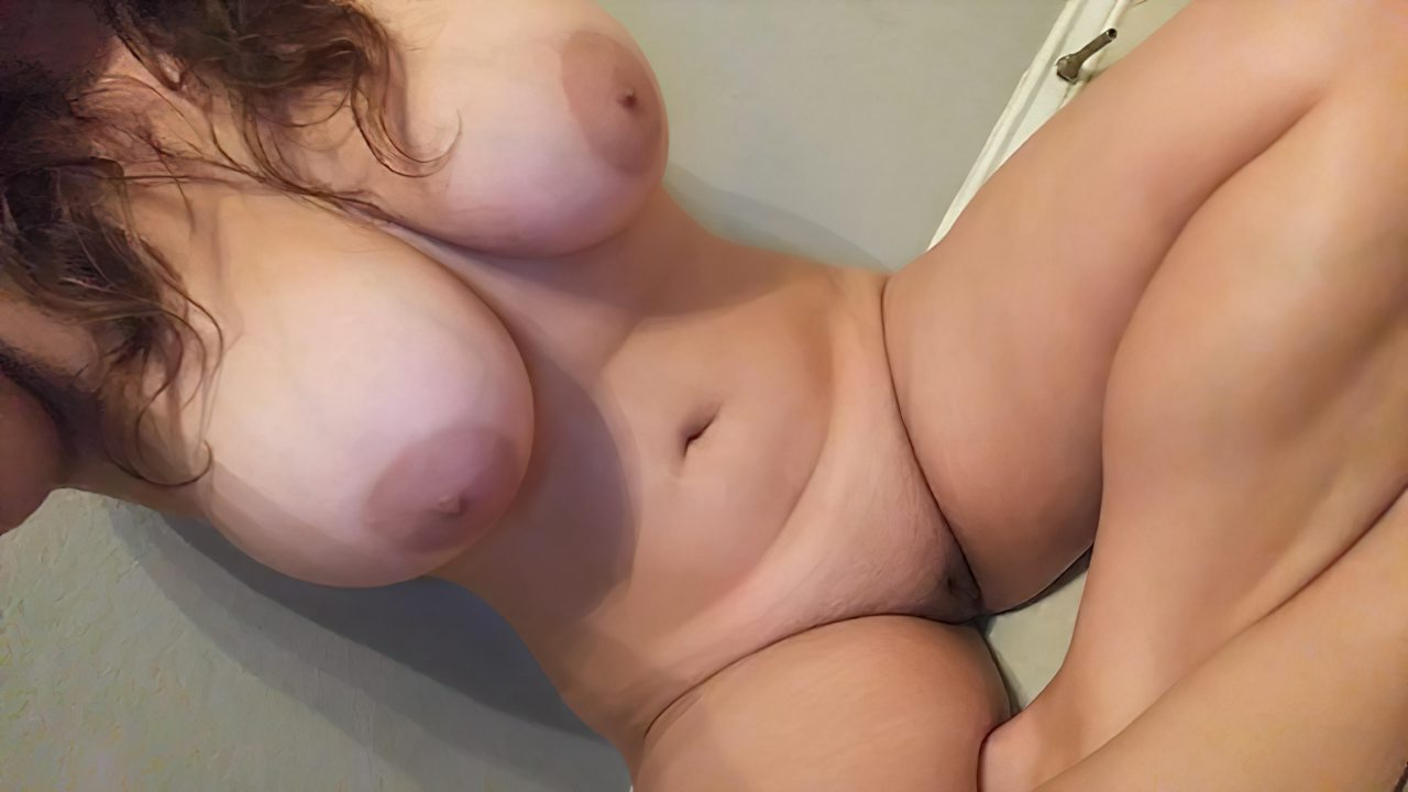 Amadora Peitos Grandes (1)