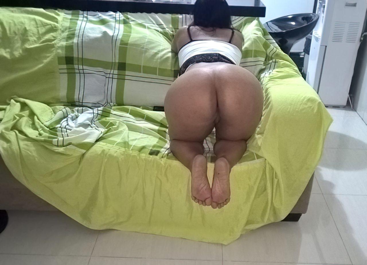 Cuzao Gostoso Sofa (2)