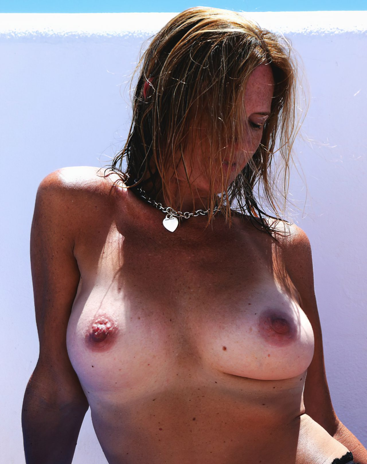Madura Topless Praia (8)