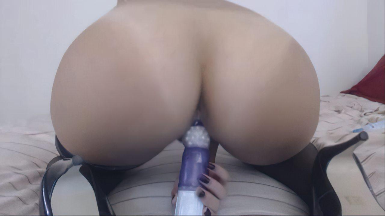 Estudante Masturbação com Brinquedo (12)