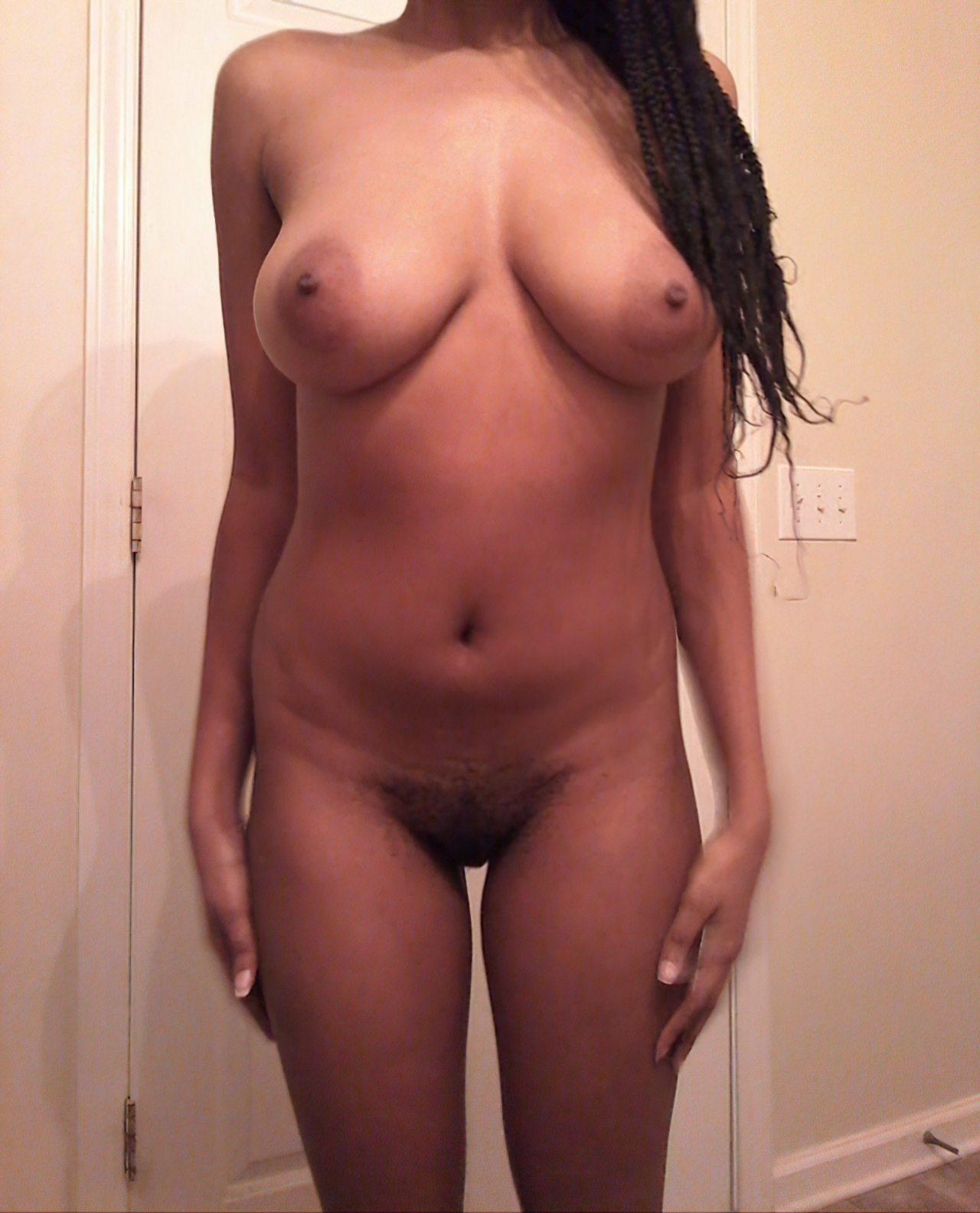 Nudes Morena Adolescente (5)