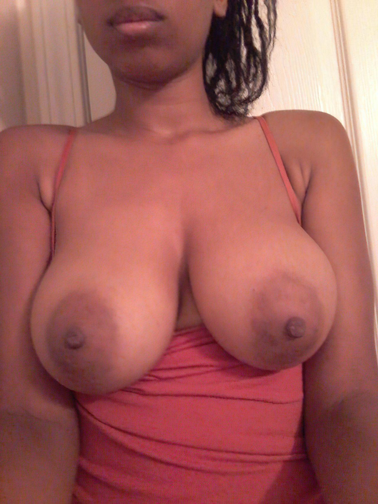 Nudes Morena Adolescente (46)