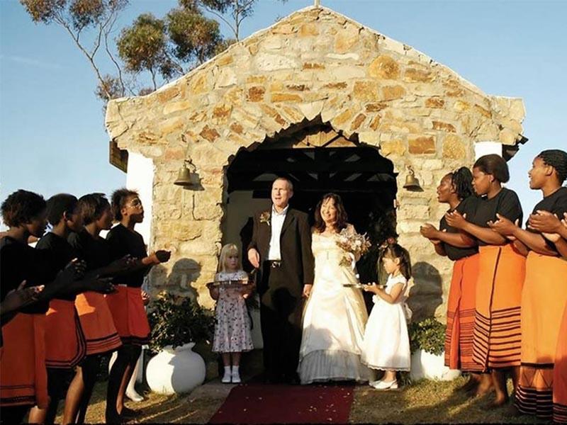 Amakhala   Weddings   Bride and Groom