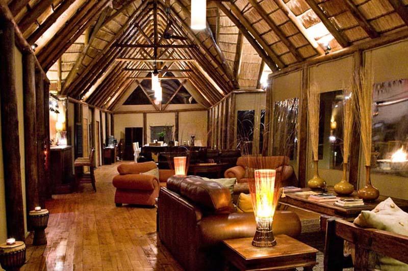 Amakhala   Weddings   Bush  Lodge   Lounge Interior