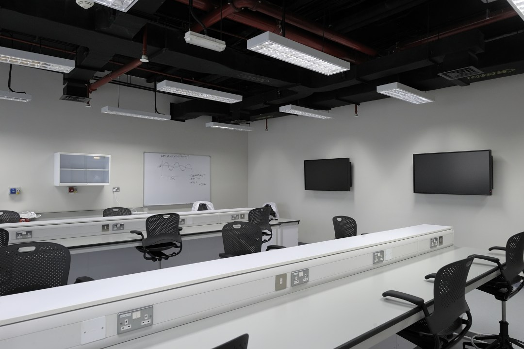 Saadiyat Labs Fit Out Works for New York University at Mussafah