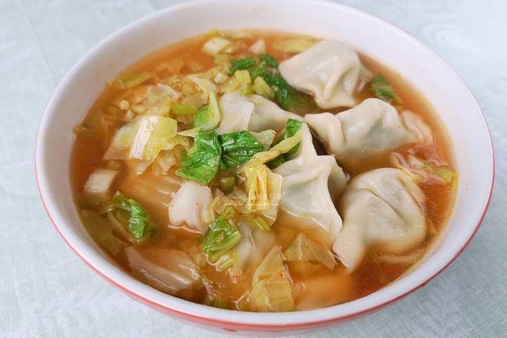 泡菜湯,泡菜餃,湯餃,蔬菜湯餃 @Amanda生活美食料理