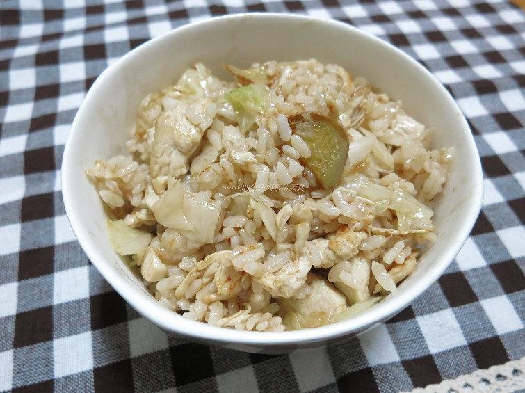 麻油雞炒飯-不一樣的麻油雞飯-不傷胃養生餐