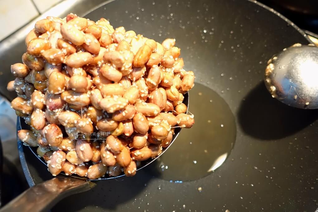 15分鐘炒花生糖,Amanda食譜,不黏牙花生糖,快速炒花生糖,手工花生糖,炒花生,素食,自製花生糖,花生,花生糖,蔡季芳花生糖,阿芳,香酥花生糖