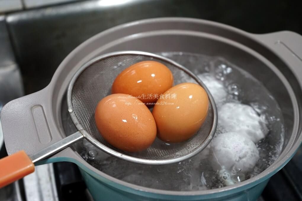半熟蛋,水煮蛋,溏心蛋,溫泉蛋,煮蛋,糖心蛋,蒸蛋,蒸鮮鍋,電鍋料理,電鍋蒸蛋