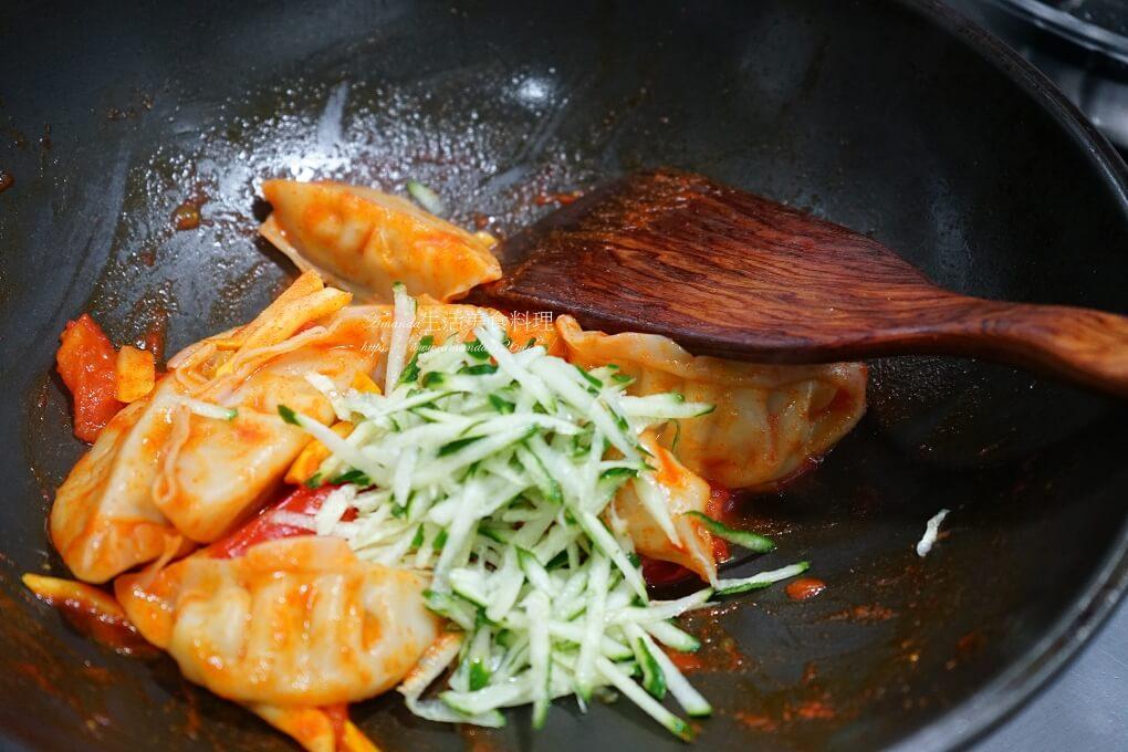 冰花脆皮煎餃,冷凍水餃,大口水餃,奇美熟水餃,水餃,湯餃,茄汁,高麗菜水餃