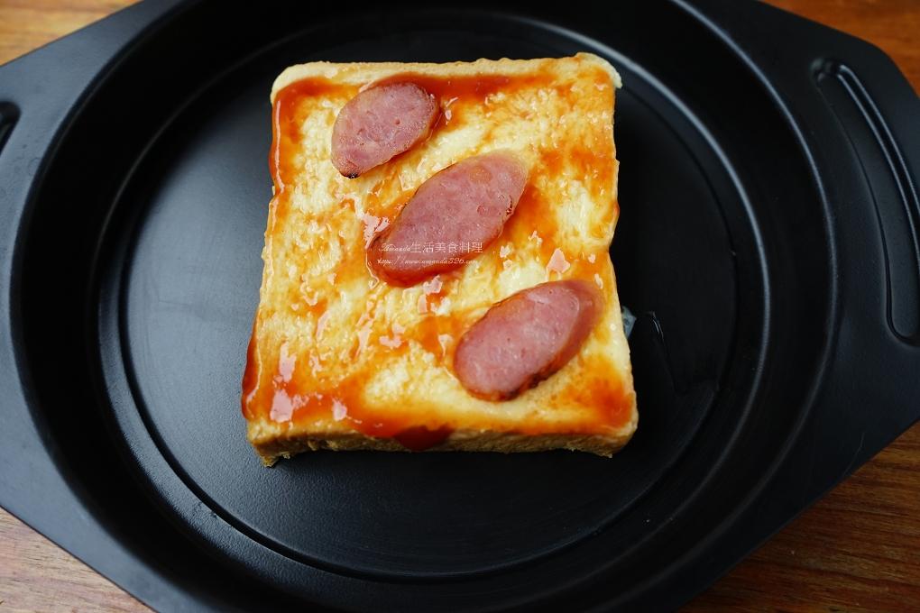 吐司,披薩,早午餐,早餐,泡菜,海鮮,焗烤