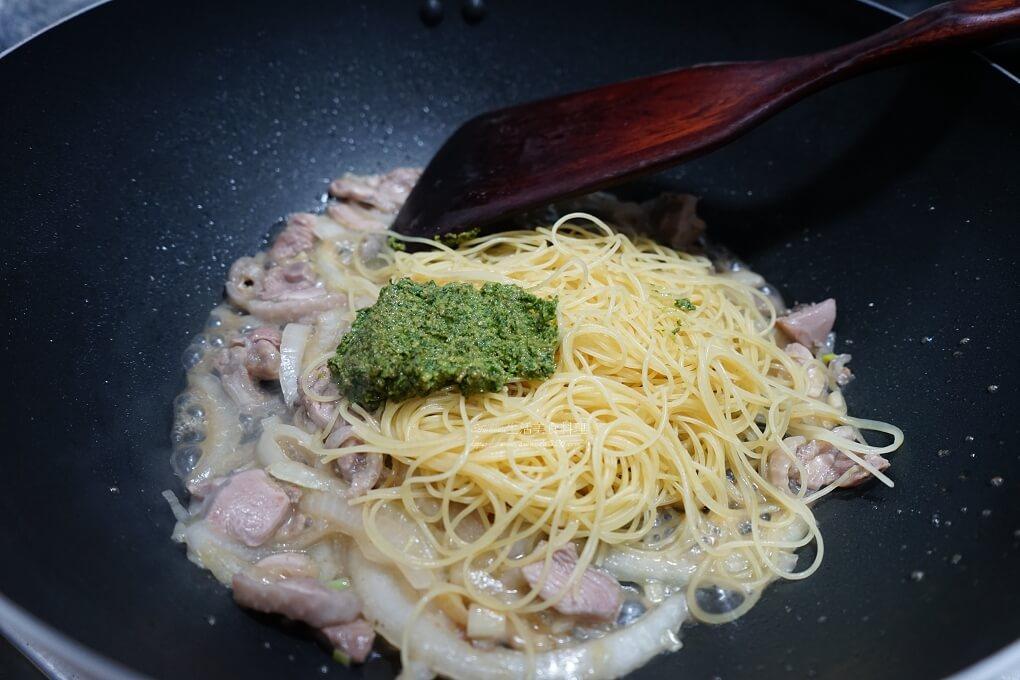 天使細麵,義大利麵,雞肉麵,青醬