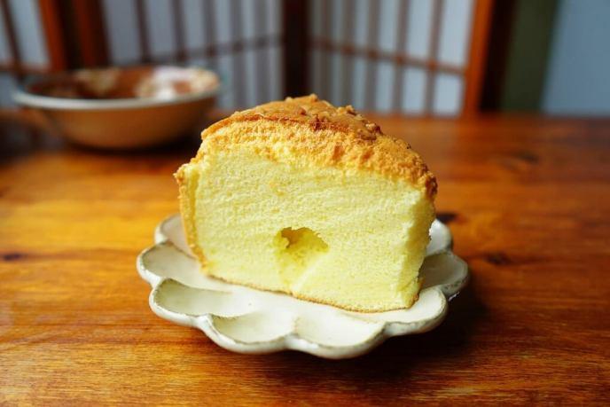 低油蛋糕,低糖蛋糕,低醣,戚風蛋糕,新鮮鳳梨戚風蛋糕,杏仁,水果戚風蛋糕,水果蛋糕,菠蘿戚風蛋糕,鳳梨,鳳梨蛋糕