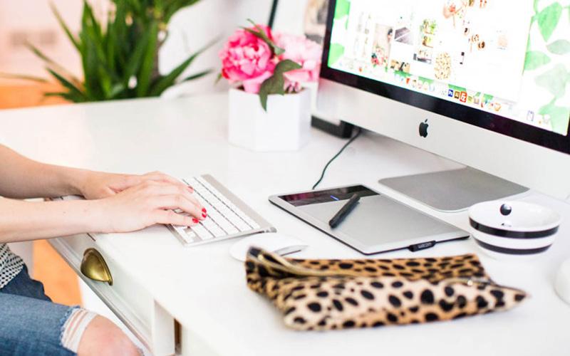 AmandaMarie_Website_Page-Hero_Business
