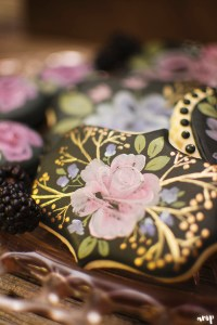 Moody Black Autum Wedding Dessert Table | Sweet Kiwi and amanda.matilda.photography