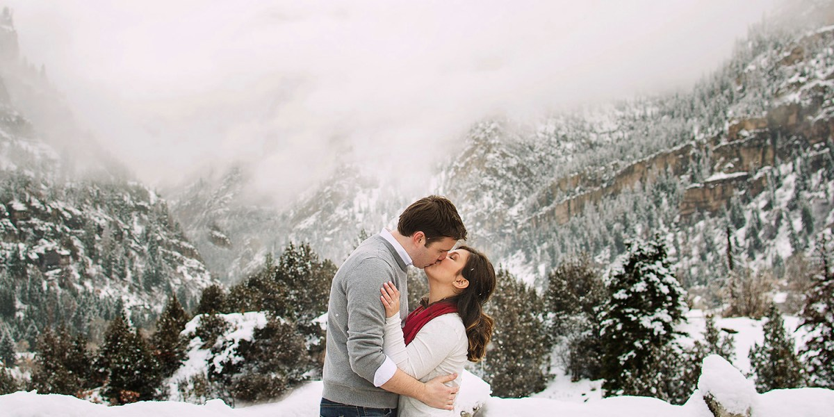 Ouray winter engagement session | amanda.matilda.photography