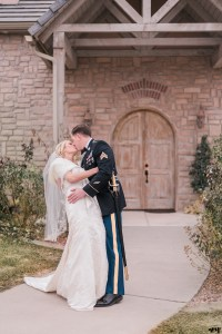 Winter Wedding at Two Rivers Winery in Grand Junction | amanda.matilda.photography