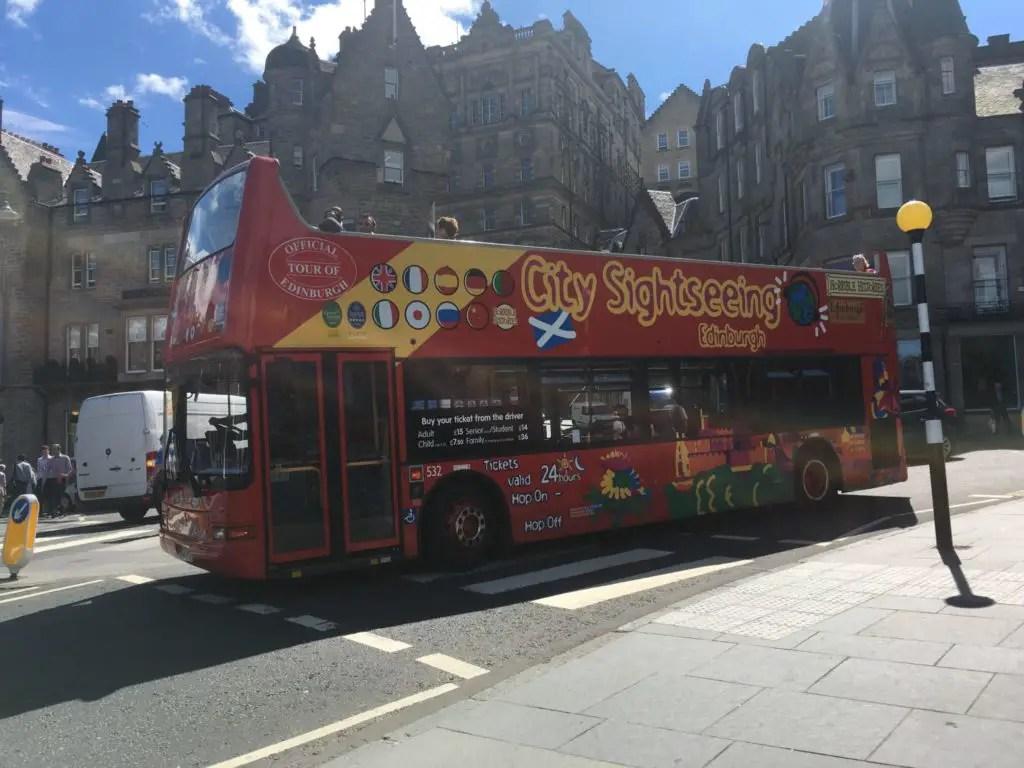 Edinburgh tours by hop on hop off bus
