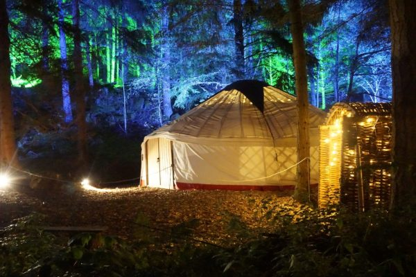 Storytelling yurt Enchanted Forest 2016