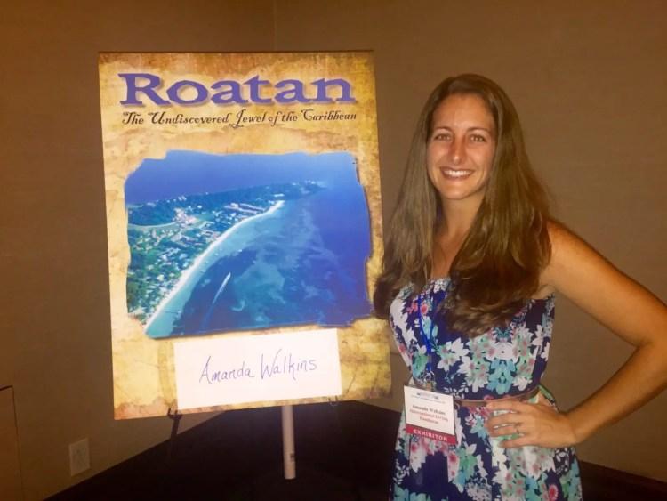 Amanda Walkins International Living Roatan correspondent