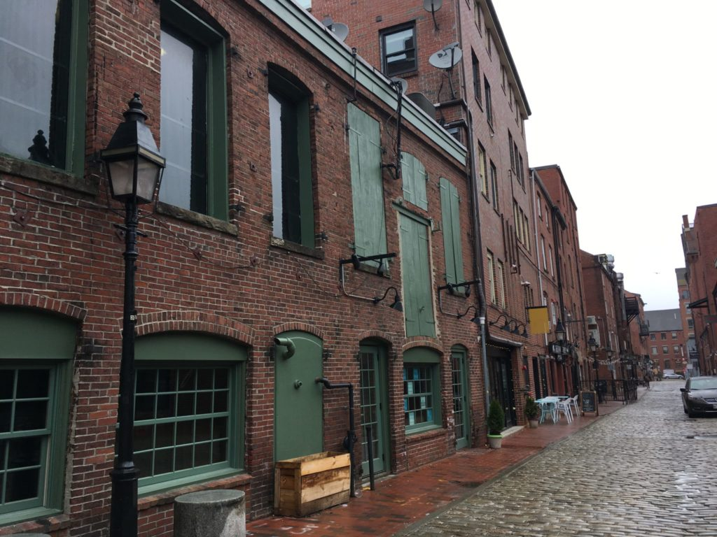 Portland Maine architecture is mostly plain brick federalist style