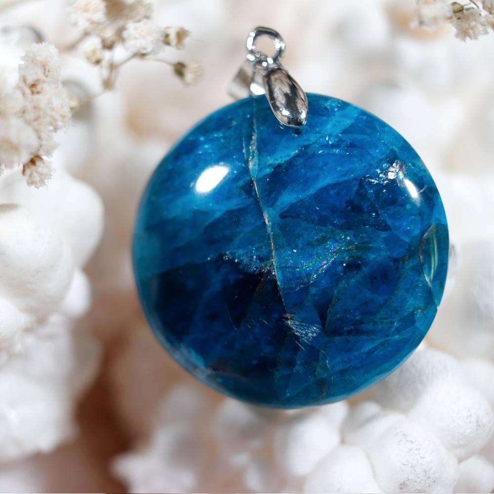 Pendentif en apatite bleue