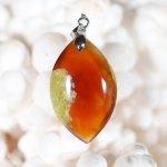 Modèle 5 de pendentif en opale cornaline