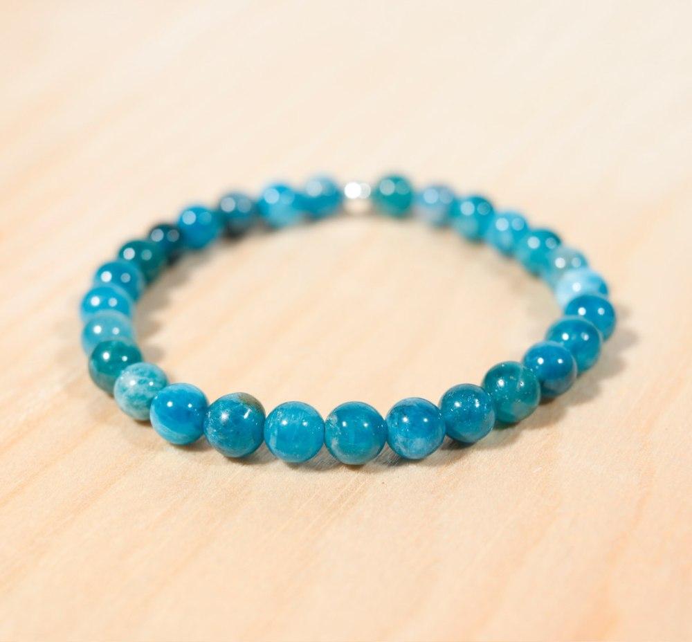 Bracelet en apatite bleue, 6 mm