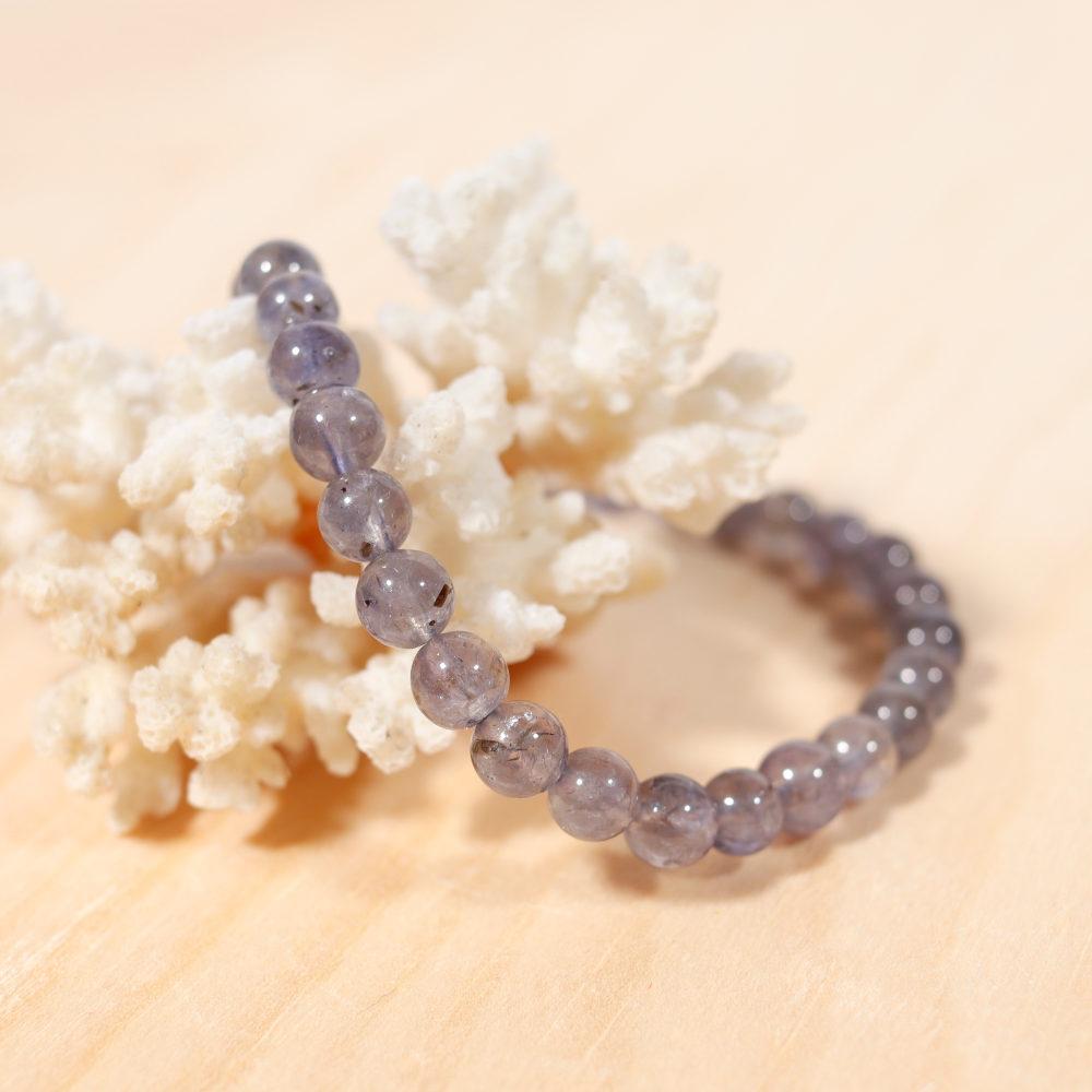 Bracelet en cordiérite