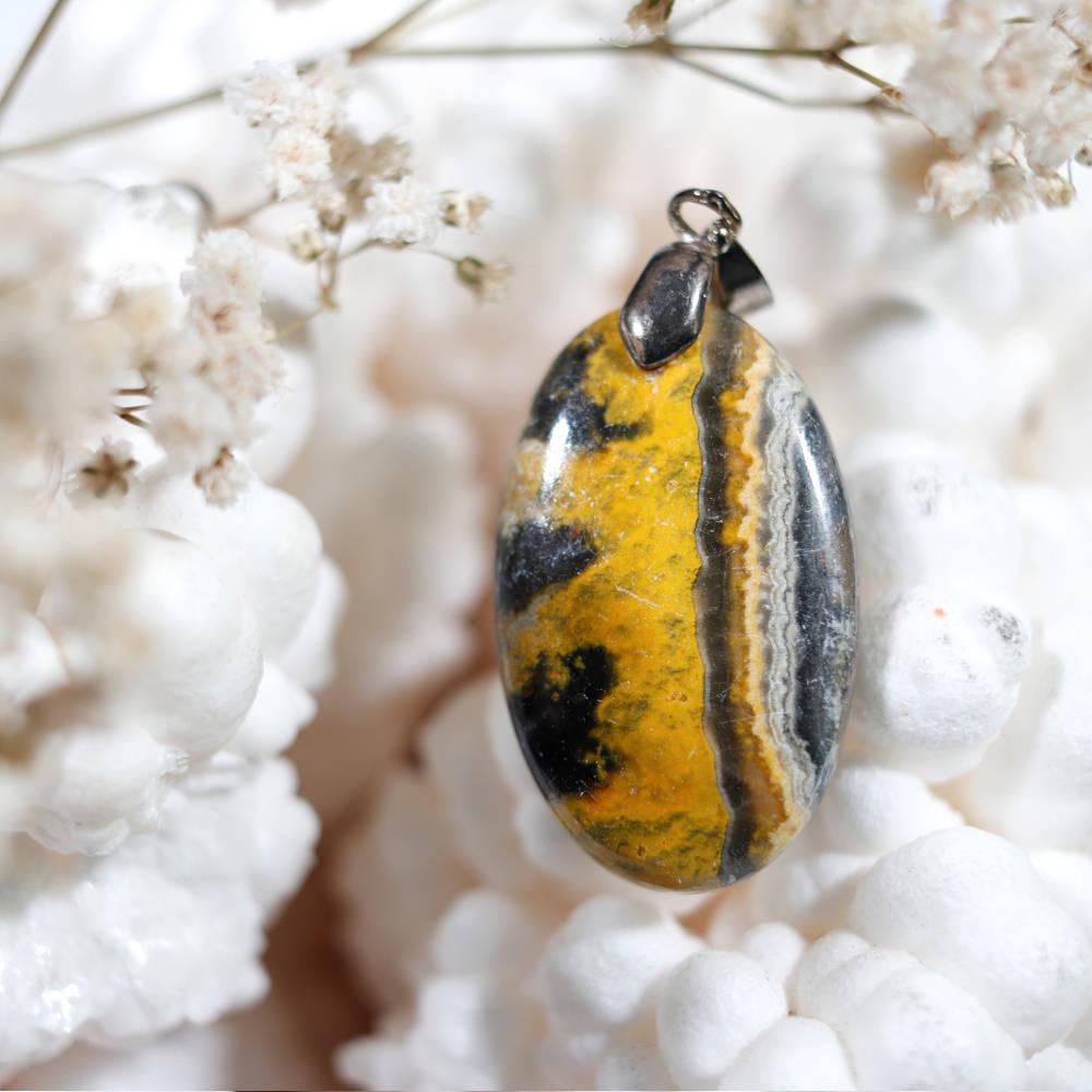 Pendentif en jaspe bumblebee