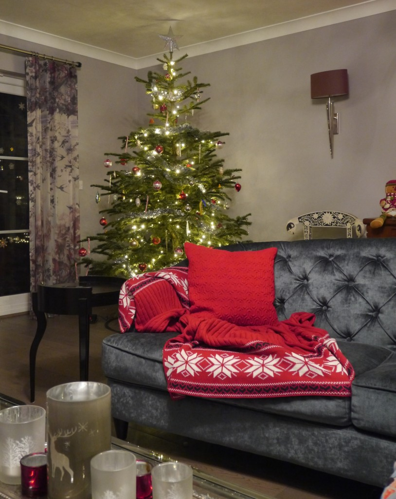 Christmas Decorating  49 Ideas for your Festive Interior Phoebe Oldrey     Interior Designer and Blogger