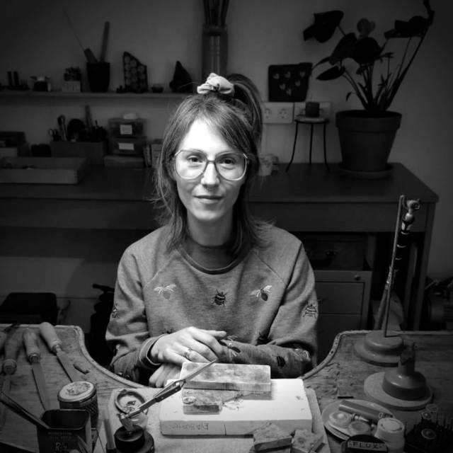 Eva Burton, artista, arte contemporáneo, coleccionismo