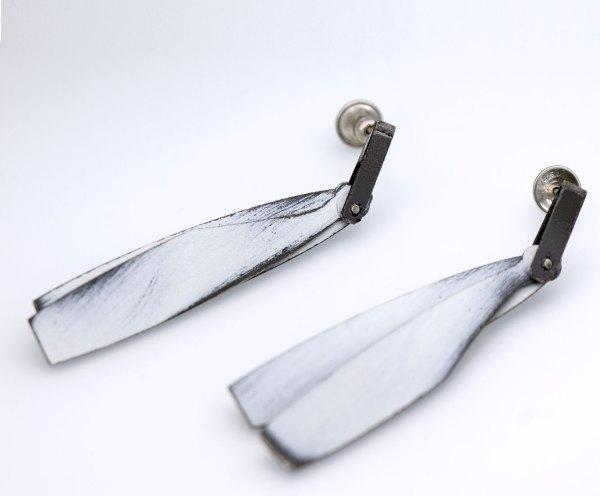 Joyería diferente. Silvia Walz. Arte Barcelona. contemporary jewelry. art in jewelry. Kunstschmuck. 當代珠寶。 珠寶中的藝術。現代的なジュエリー。 ジュエリーのアート。