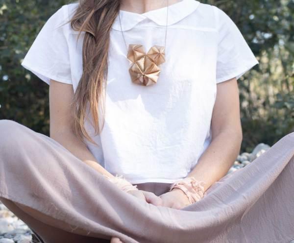 necklace, Collar_ biodegradable. Jewelry design. Bioplástico. Joyería Barcelona. Joyas de diseño_ Arte Barcelona