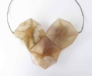 necklace, Collar_ biodegradable. Jewelry design. Bioplástico_ pepino_rábano_ Joyería Barcelona. Joyas de diseño_ Arte Barcelona