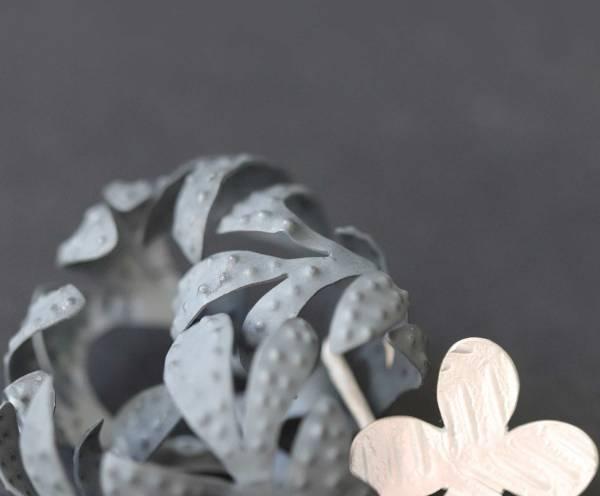 Anna-Vlahos.Joyería Barcelona. joyas de diseño. Jewelry design. Diseño Barcelona. designer jewelry. デザイナージュエリー . Bijoux de créateurs. Designerschmuck Arte Barcelona. contemporary jewelry. art in jewelry. Kunstschmuck. Silver earrings