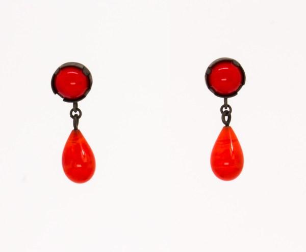 Plata_Pendientes . Joyería. Joyas. Artesanía_ Barcelona. Joyas diseño. joyería contemporánea. Silver. Plata. glass red vintage