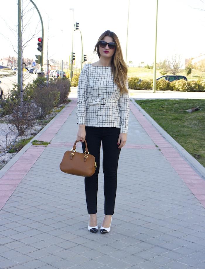 miu miu bag Zara top angel schlesser pants amaras la moda 2
