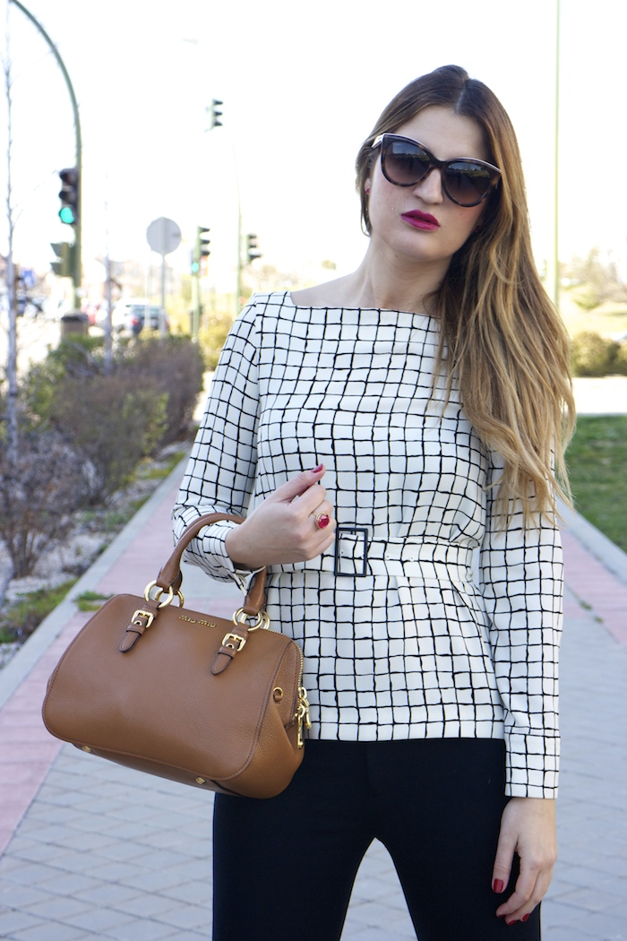 miu miu bag Zara top angel schlesser pants amaras la moda 6