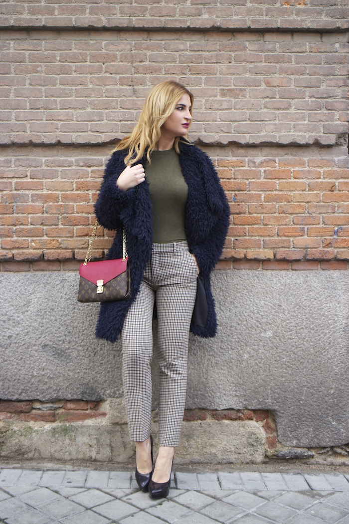 louis vuitton bag zara pants amaras la moda Paula Fraile7