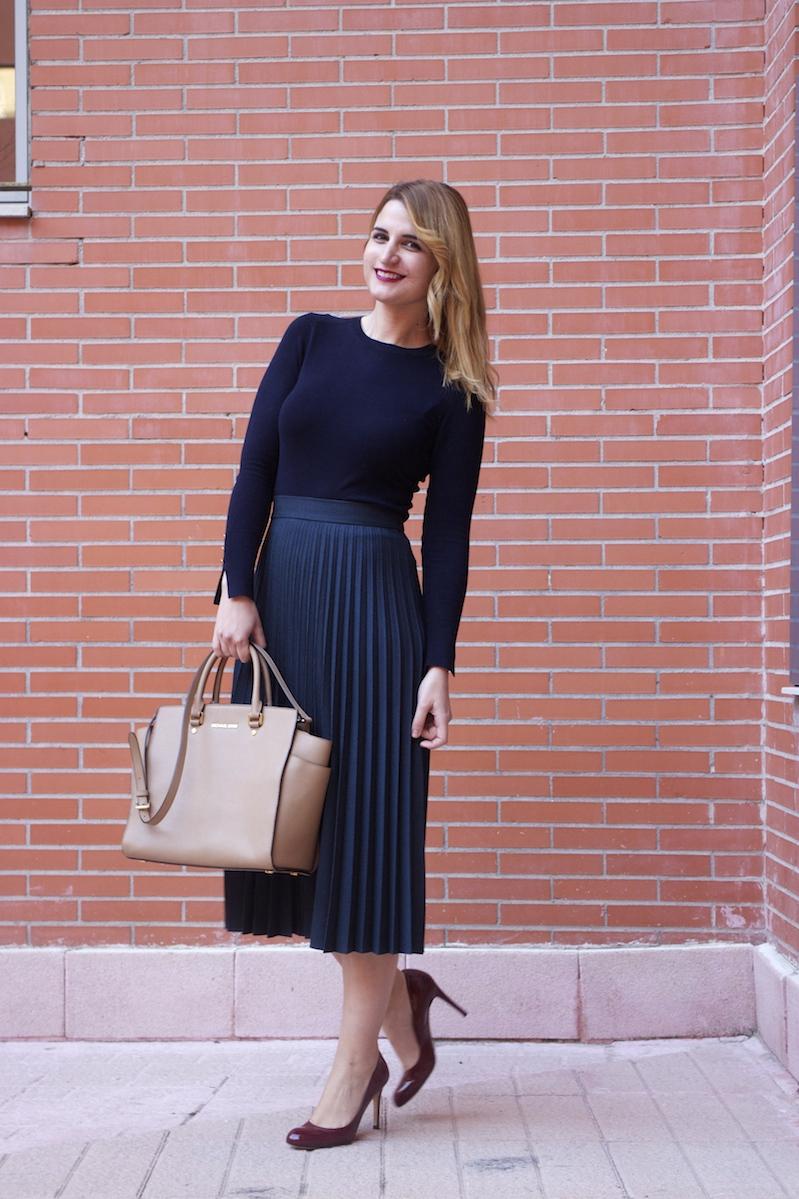 falda plisada Zara zapatos LK Bennett michael kors bag amaras la moda Paula Fraile.6