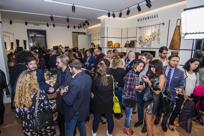 inauguracion-flagship-store-hispanitas-amaras-la-moda-paula-fraile10