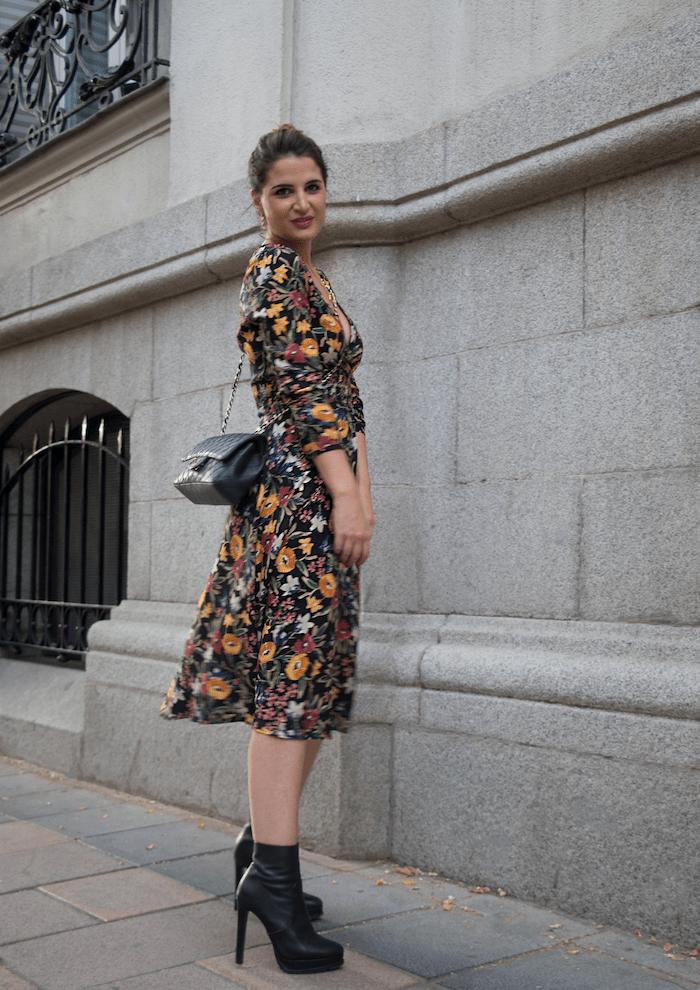 vestido flores prendientes pendientes acus amaras la moda paula fraile6