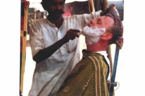 close-shave-at-Pushkar