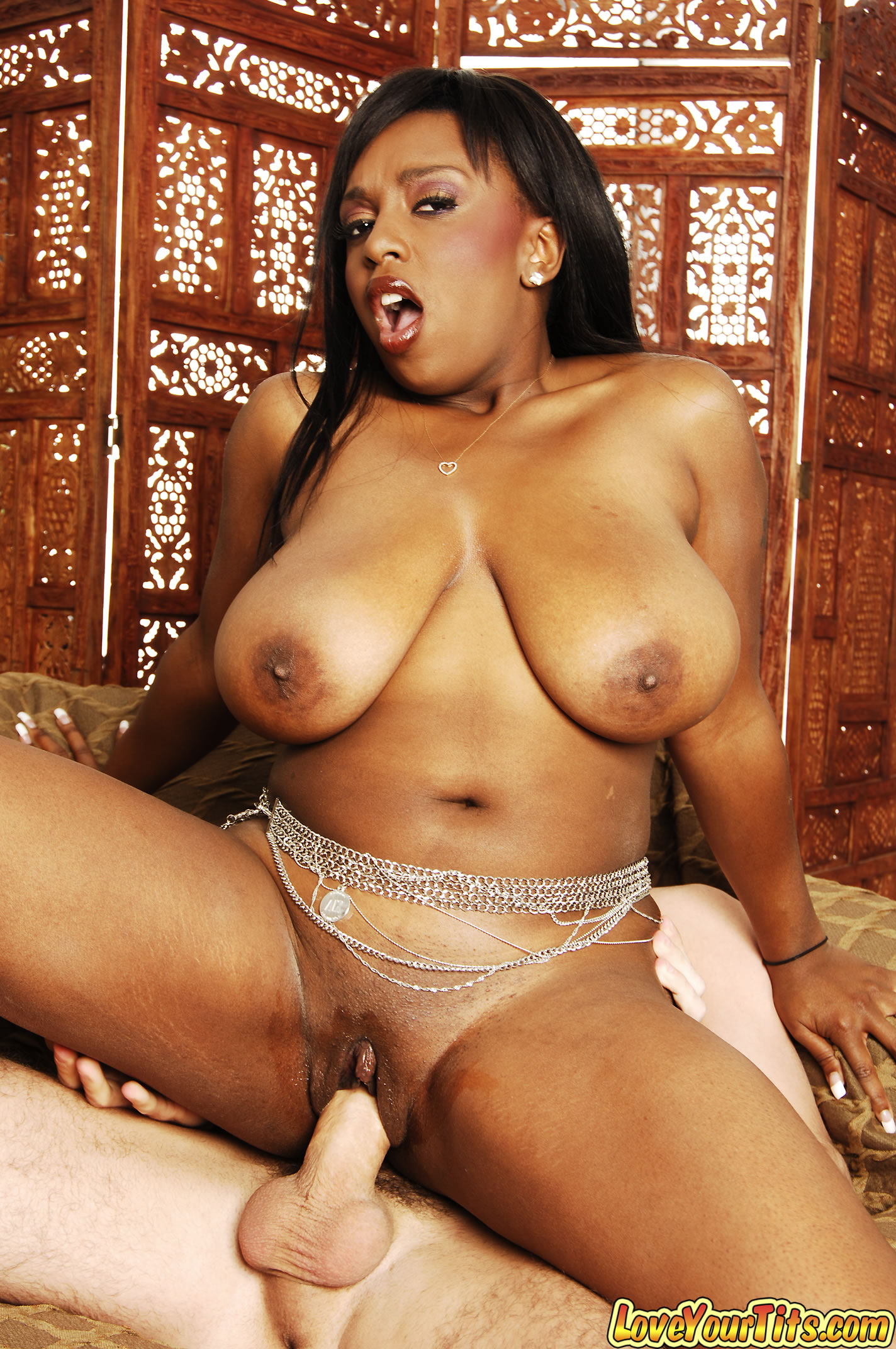 Huge Black Boobs Naked-3746