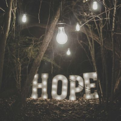 4 Easy-to-Memorize Verses on Hope