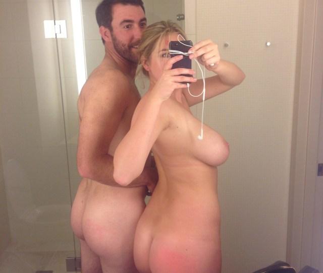 Big Butt Nude Kate Upton And Big Sideboob Selfie In Bathroom With Justin