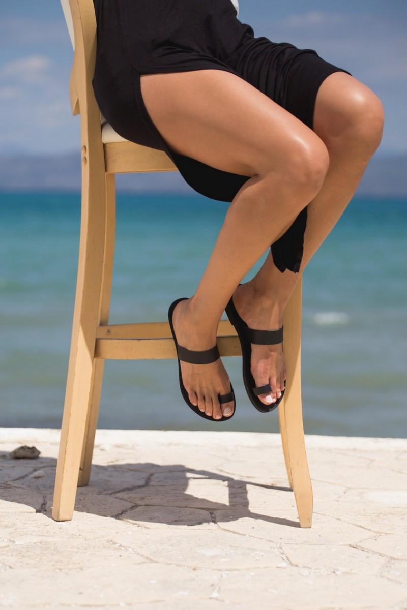 mswosh010-rhea-greek-leather-sandal-black