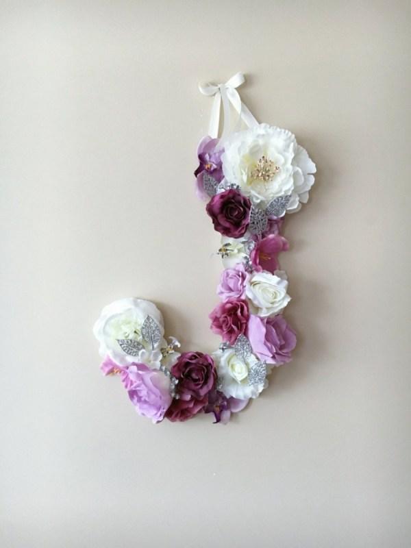 MSDAVF027 – Violet Custom Flower Letter – VIOLT