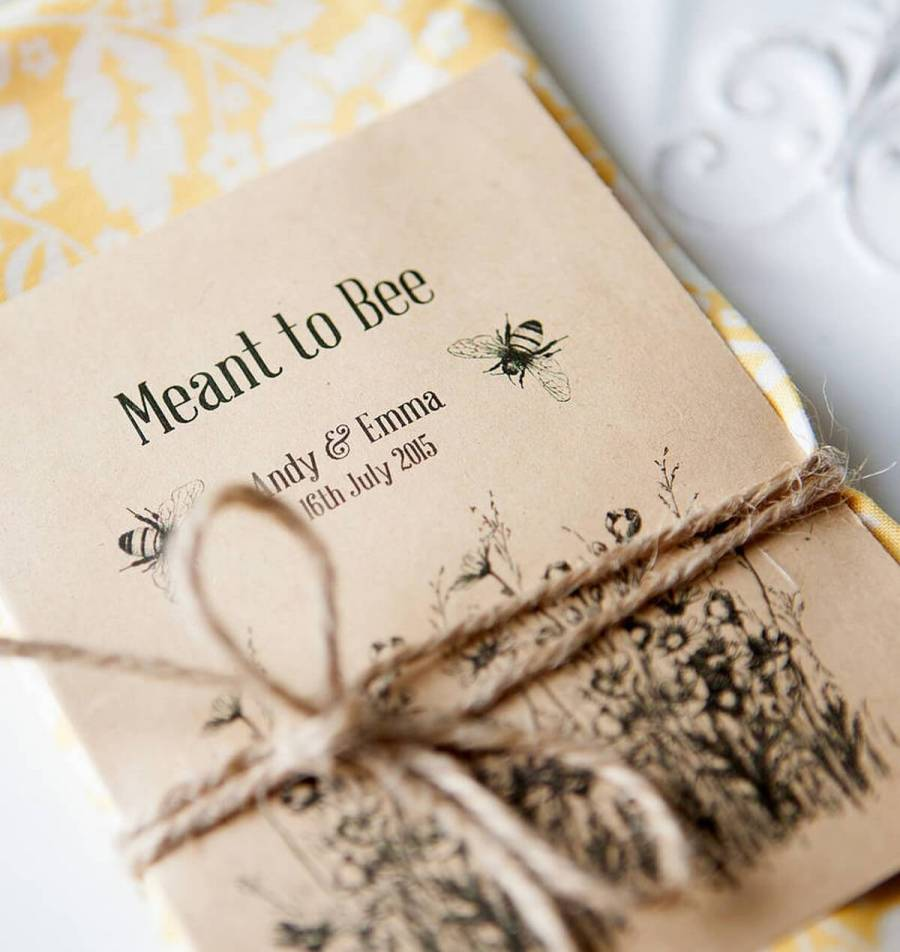 Surprise your guests with a wedding favour that's a little bit different.